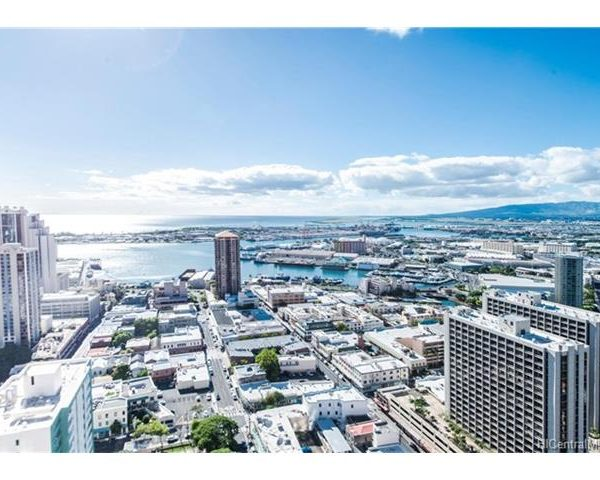 Discover Luxury Homes in Hawaii – 1212 Nuuanu Ave #4009 Just Listed!